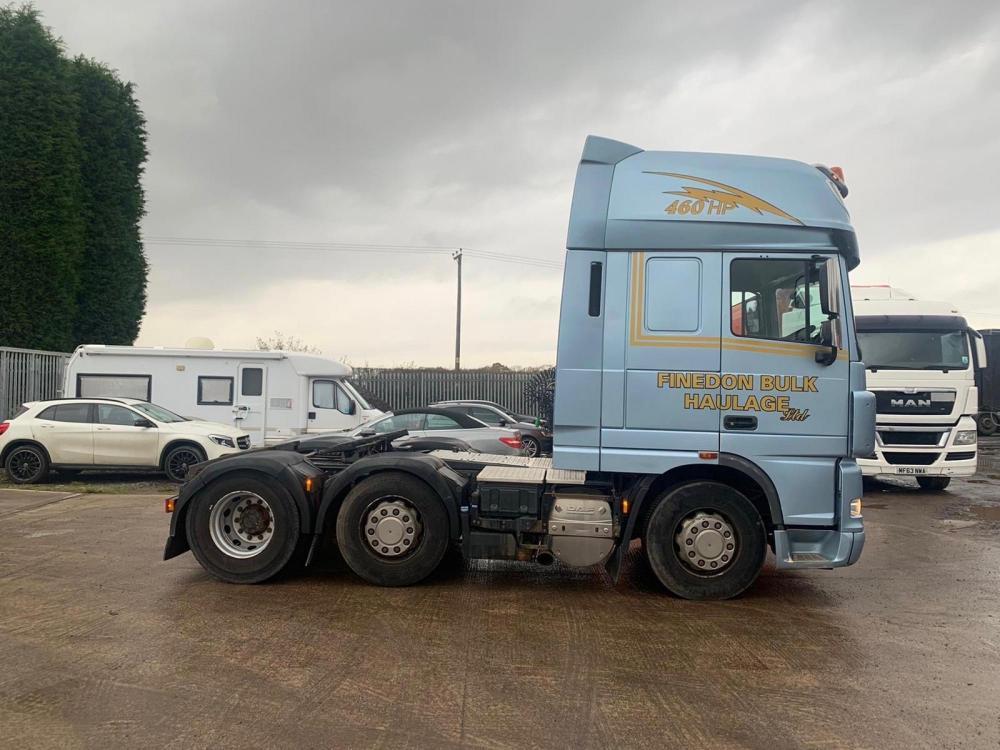 daf xf105 460 6x2 midlift axle in metallic blue 2012 12
