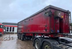 Dennison<br>Tri Axle Tipping Trailer Approx 65 Cubic Yard Year : 2006