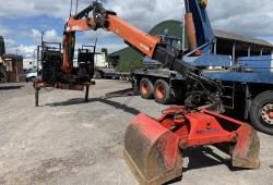 Atlas 130.2 Grab<br>Loader Crane Comes with 12 Month old Bucket